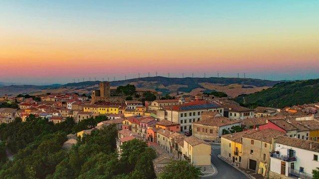 В Італії розпродають будинки по одному євро - фото 381328