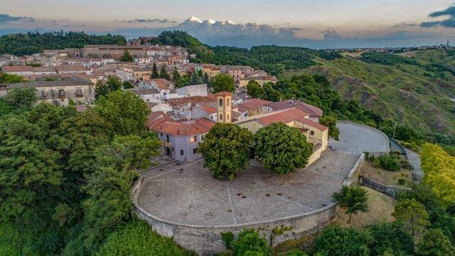 В Італії розпродають будинки по одному євро - фото 381329