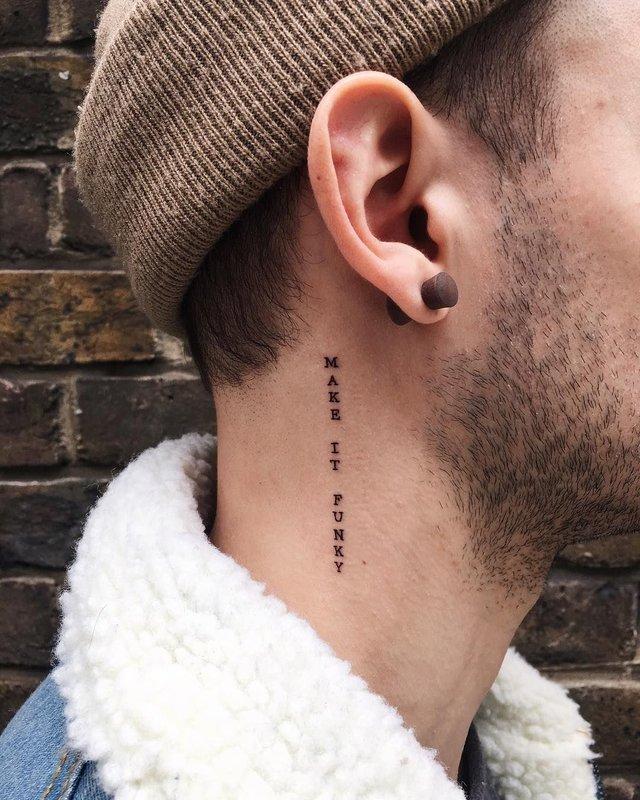 Модні чоловічі татуювання 2020: ТОП 50 ідей та прикладів тату у фото - фото 381575