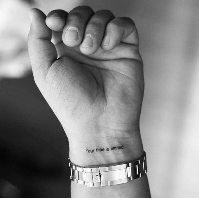 Модні чоловічі татуювання 2020: ТОП 50 ідей та прикладів тату у фото - фото 381576