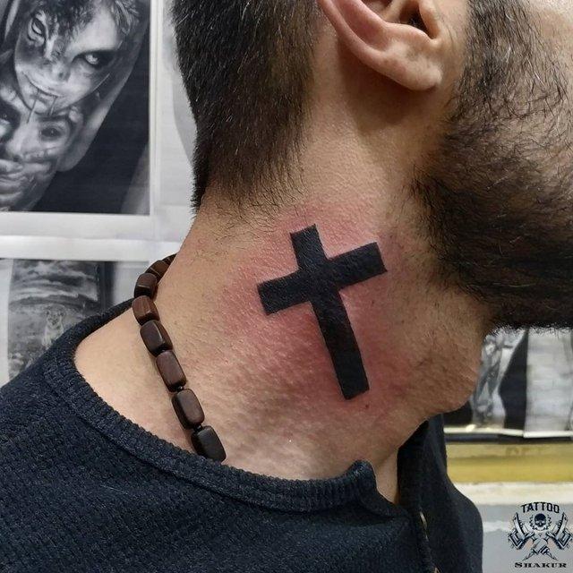 Модні чоловічі татуювання 2020: ТОП 50 ідей та прикладів тату у фото - фото 381621
