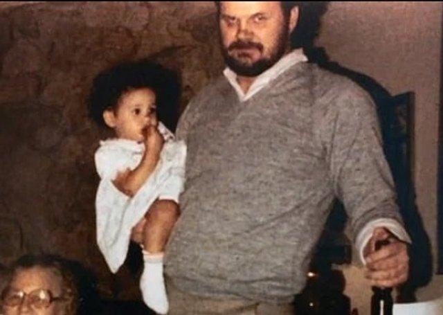 Батько Меган Маркл показав її дитячі фото: унікальні кадри - фото 381750