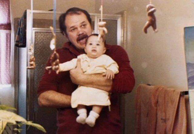 Батько Меган Маркл показав її дитячі фото: унікальні кадри - фото 381751
