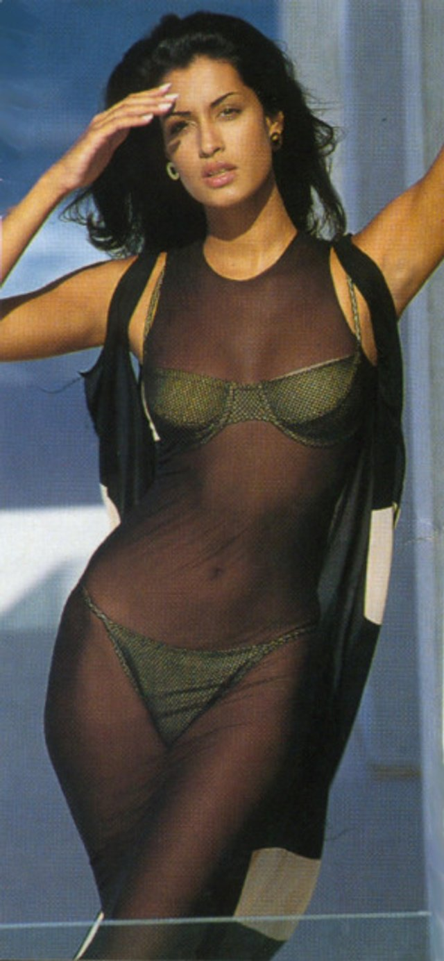 Моделі 90-х: як змінилася східна принцеса Ясмін Гаурі (18+) - фото 381941