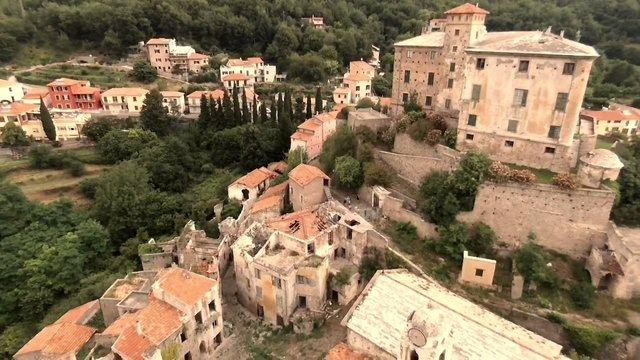 Як виглядає найнебезпечніше місто-примара у серці Європи - фото 382018
