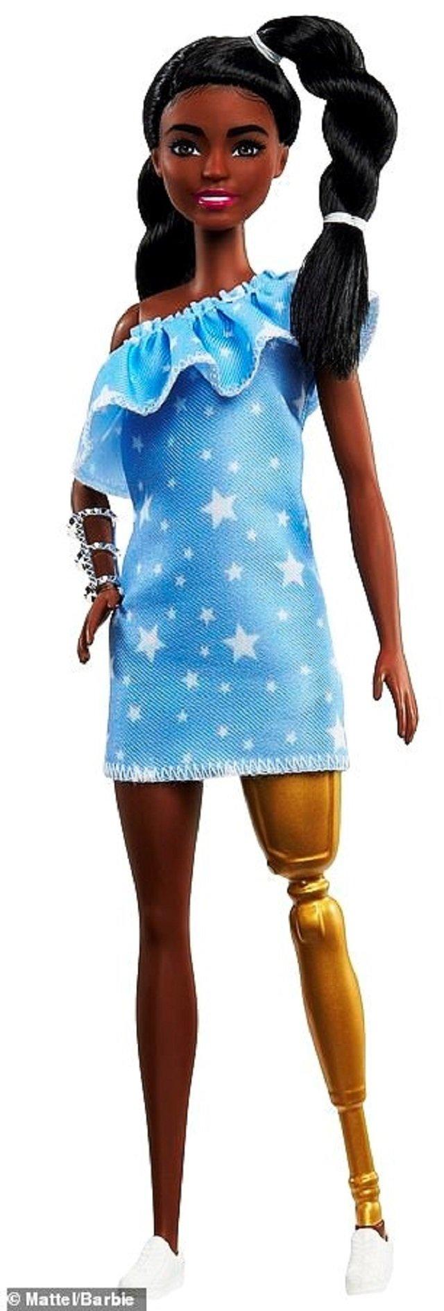 У продажу з'являться незвичайні ляльки Барбі - фото 382763