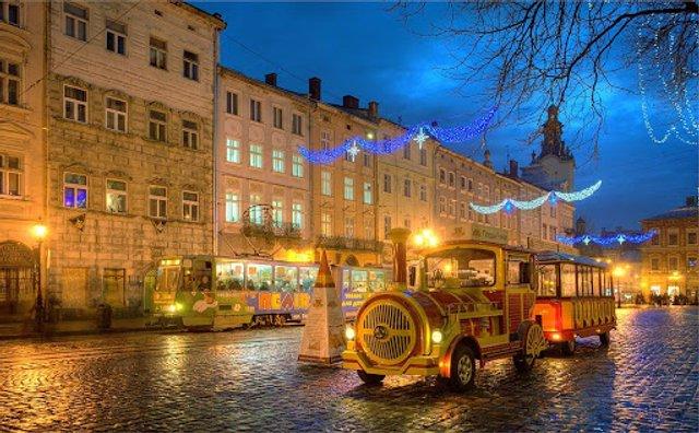 День закоханих в Україні: ідеї для романтичної подорожі - фото 383859