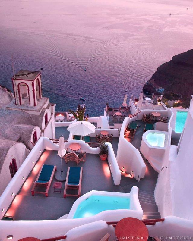 Як виглядає життя у Греції: яскраві вуличні фото - фото 383976