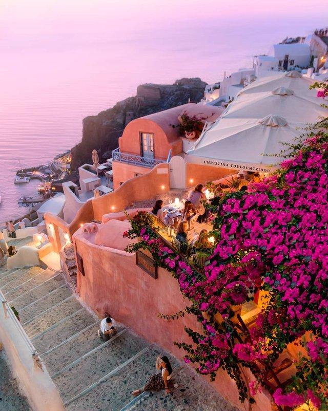 Як виглядає життя у Греції: яскраві вуличні фото - фото 383982