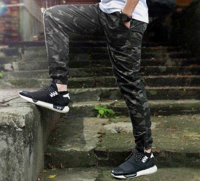 Чоловічі джоггери: усе про спортивні штани для модників, які в тренді цього року - фото 384449