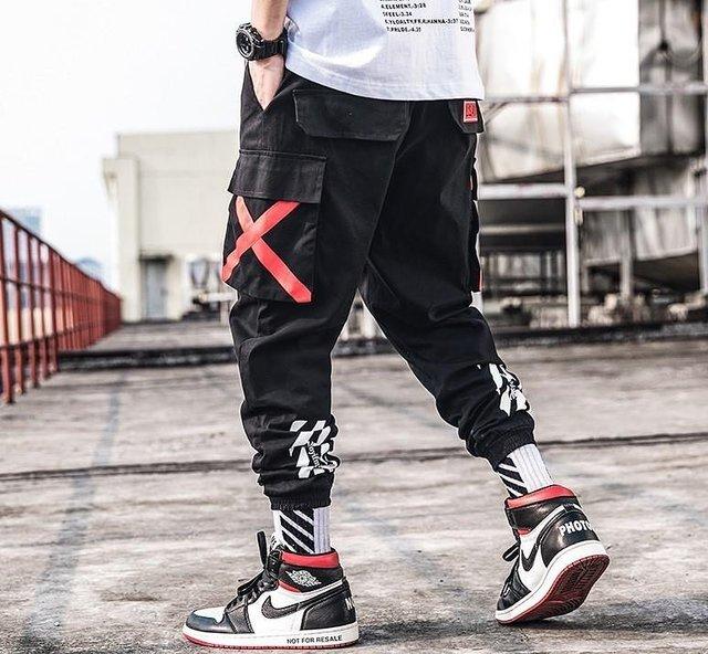 Чоловічі джоггери: усе про спортивні штани для модників, які в тренді цього року - фото 384450