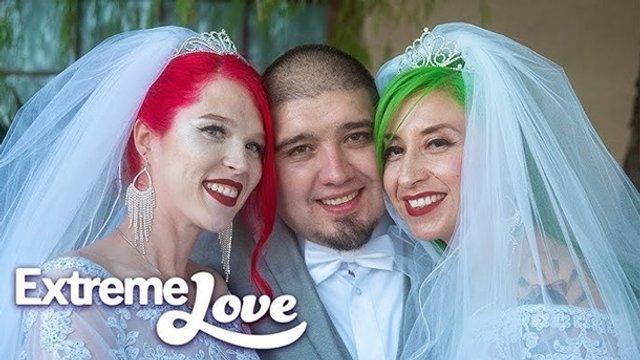 Дві наречені вийшли заміж за одного чоловіка - фото 384775