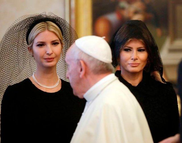 Експерти пояснили, чому Олена Зеленська у Ватикані була в чорному - фото 385185