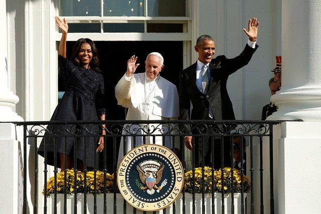 Експерти пояснили, чому Олена Зеленська у Ватикані була в чорному - фото 385186