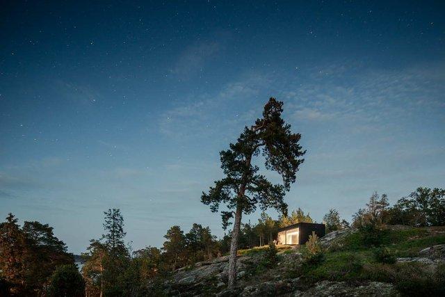 У Швеції біля моря побудували таємну сучасну сауну: фото - фото 385589