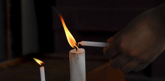 Стрітенська свічка: що символізує та від чого захищає цей оберіг - фото 386088