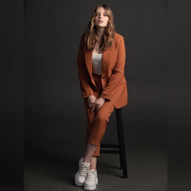 Еліна Іващенко – Get Up: слухати пісню на Нацвідбір Євробачення 2020 - фото 386126