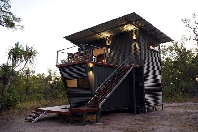 Австралійці зробили дім для мандрівників із контейнерів: ефектні фото - фото 386309