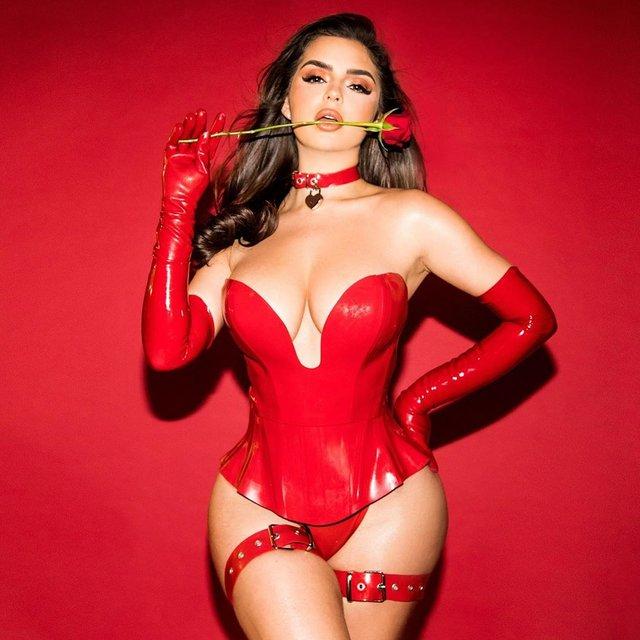 Гаряча валентинка: Демі Роуз шокувала сексуальними фото - фото 386365