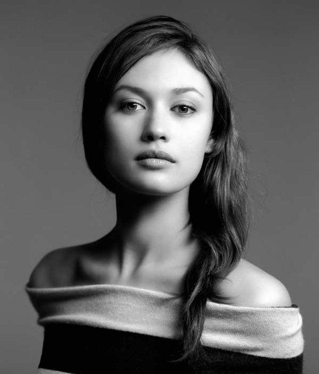 Моделі 90-х: як змінилася українська дівчина Бонда Ольга Куриленко - фото 386587