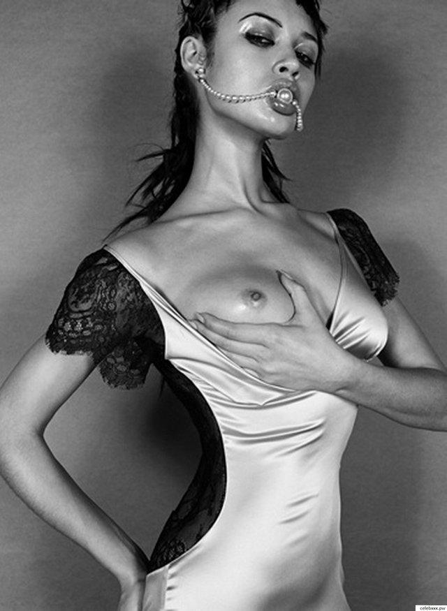 Моделі 90-х: як змінилася українська дівчина Бонда Ольга Куриленко - фото 386597