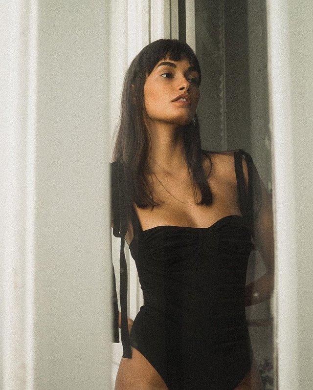 Сексуальний ангел: модель Victoria's Secret показала звабливі форми (відео) - фото 386610