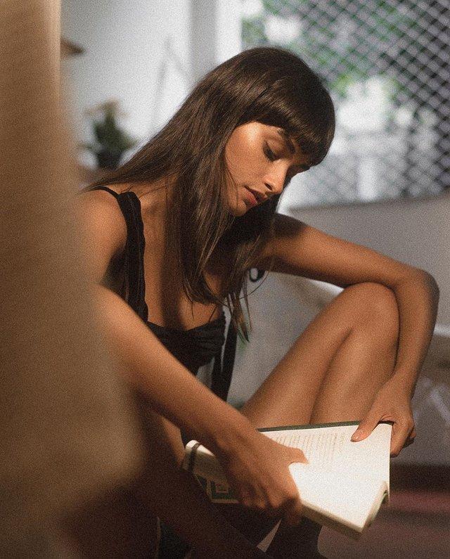 Сексуальний ангел: модель Victoria's Secret показала звабливі форми (відео) - фото 386612