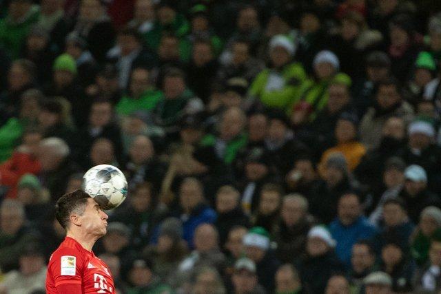 Які фінти у футболі шкодять гравцям найбільше - фото 386768
