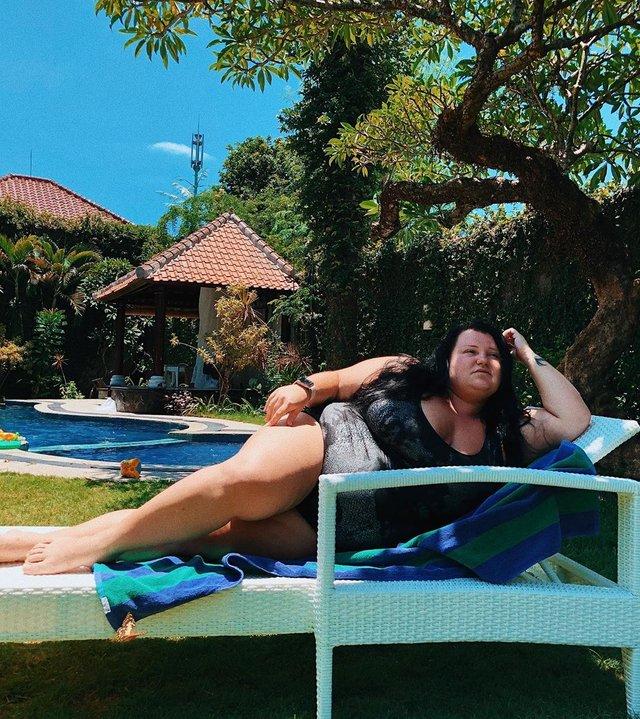 alyona alyona повеселила мережу епічними фото з відпочинку на Балі - фото 387045