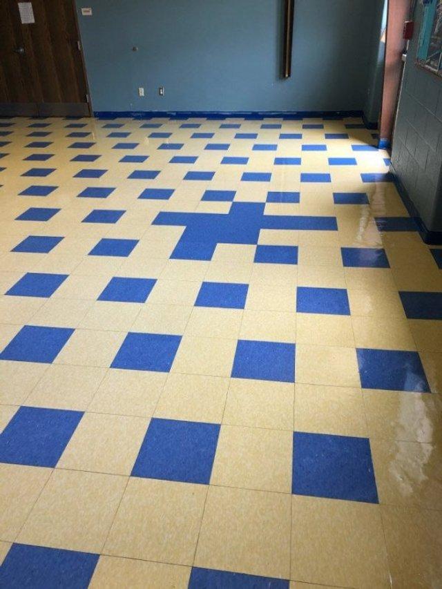 Пекло перфекціоністів: епічні фото підлоги, де щось пішло не так - фото 387105