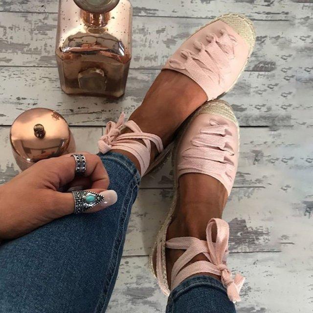 Яке взуття буде в моді весною 2020 року - фото 387483