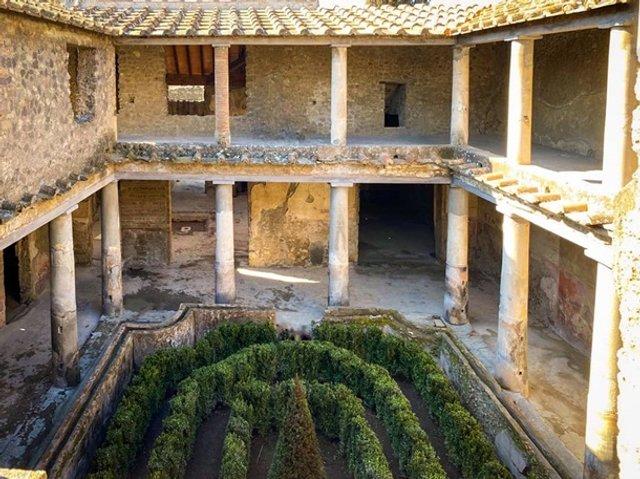 У Помпеях відкрили для туристів три унікальні будинки - фото 387562