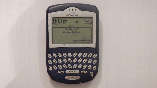 BlackBerry 6230 отримав монохромний дисплей - фото 387798