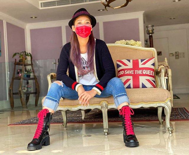 Як коронавірус впливає на моду: захисні маски для обличчя стали стильним трендом - фото 387916