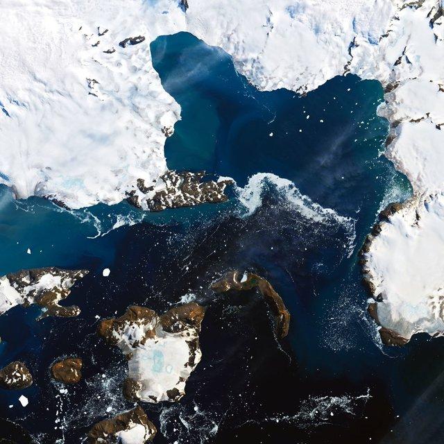 У NASA показали на космічних фото, як 'плавиться' Земля - фото 387959