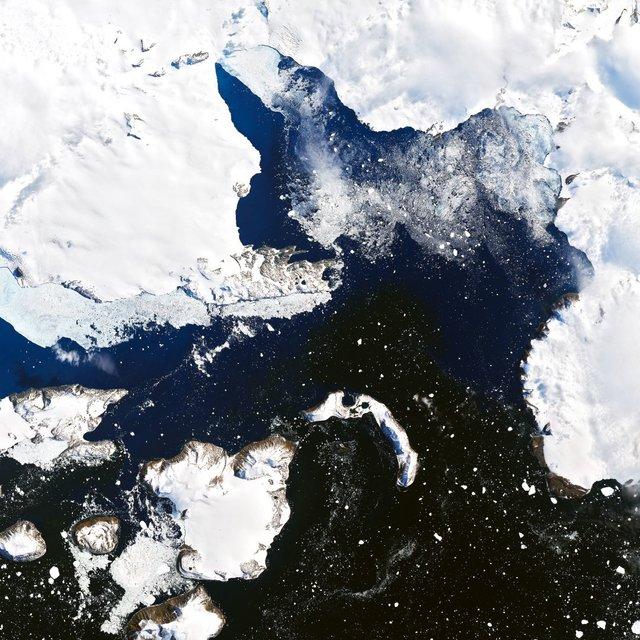 У NASA показали на космічних фото, як 'плавиться' Земля - фото 387960