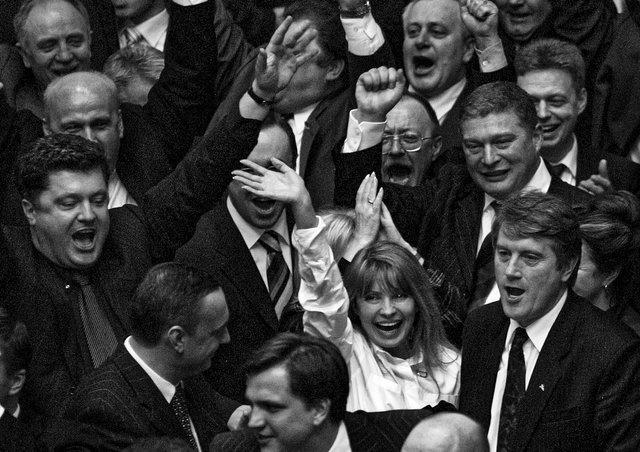 Який вигляд мали українські політики в 90-х: раритетні фото - фото 388267
