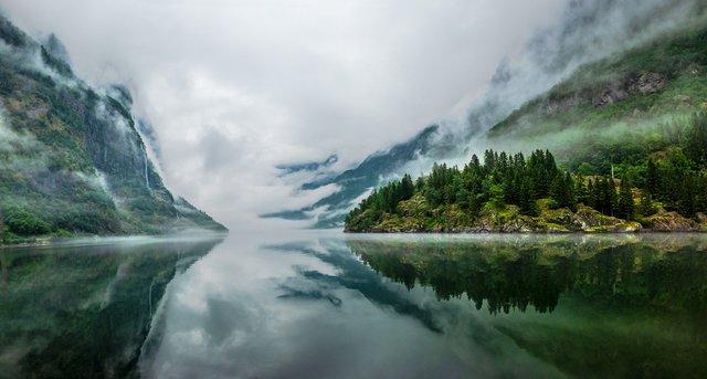 Яскраві фото Норвегії, які надихають на мандри - фото 388588