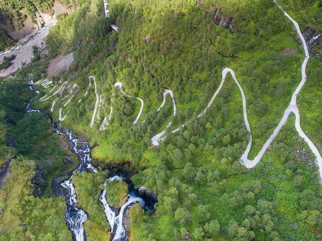 Яскраві фото Норвегії, які надихають на мандри - фото 388598