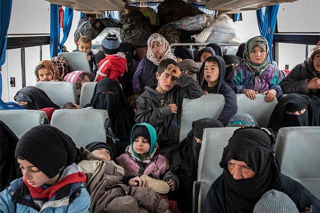 Фотографії, що вражають: названі фіналісти World Press Photo 2020 - фото 388618