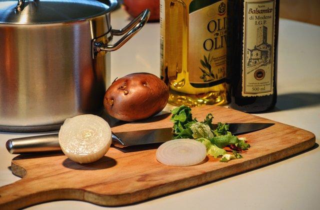 Який продукт середземноморської дієти варто їсти регулярно - фото 388713