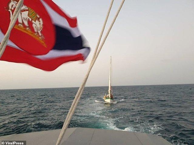 Турист провів у відкритому морі три доби - фото 388830