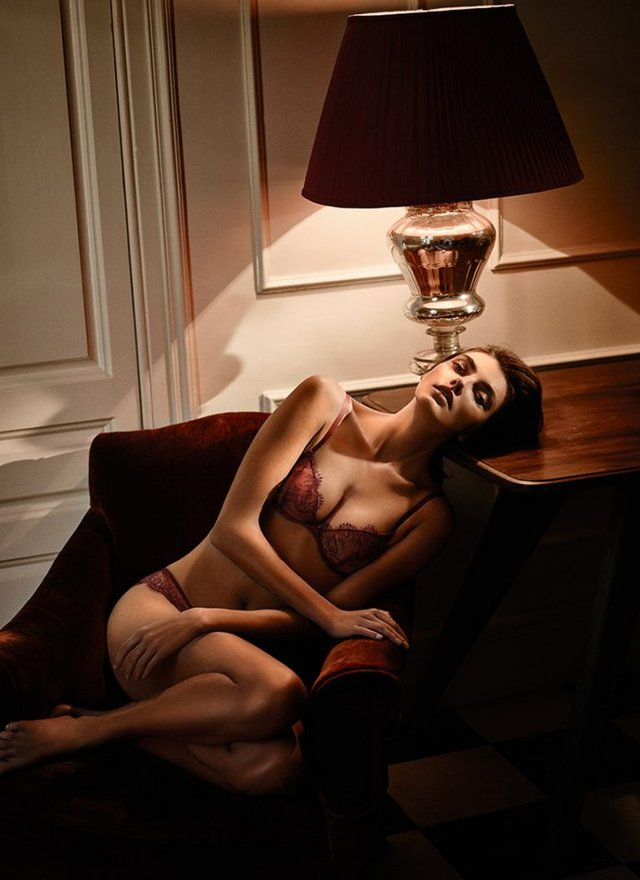 Як змінилася всесвітньо відома українська модель Аліна Байкова: фото 18+ - фото 389175