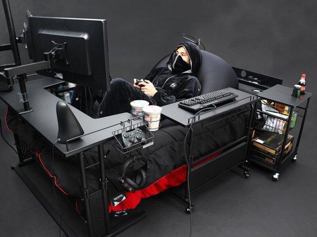 Японці створили ліжко для геймера, про яке мріють всі (фото) - фото 389762