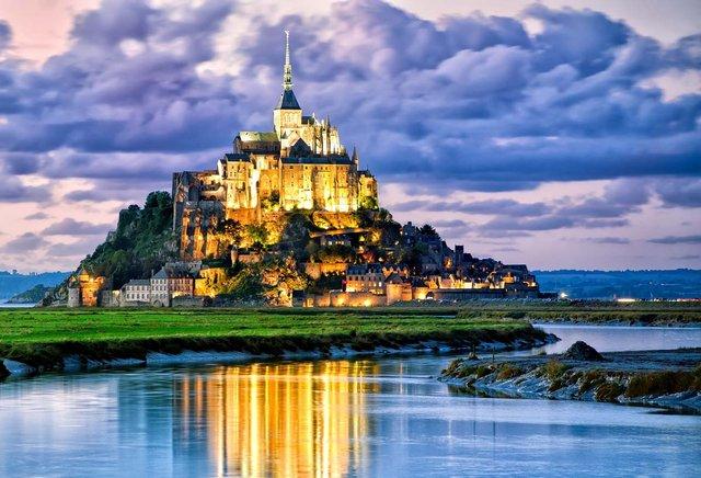Так виглядають три найкрасивіших замки Європи - фото 389826