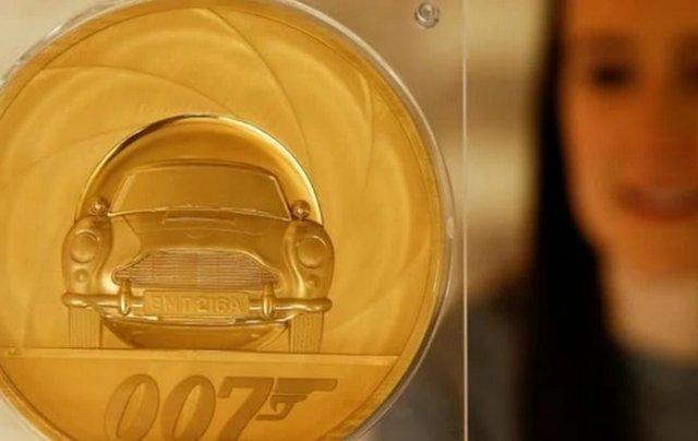 На честь Джеймса Бонда випустили найдорожчу монету - фото 389901