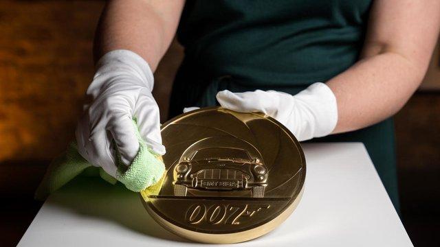 На честь Джеймса Бонда випустили найдорожчу монету - фото 389902