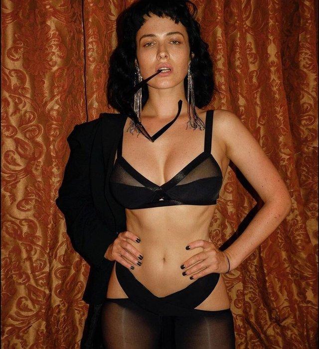 Як змінилася українська зірка Playboy Даша Астаф'єва: фото 18+ - фото 391683