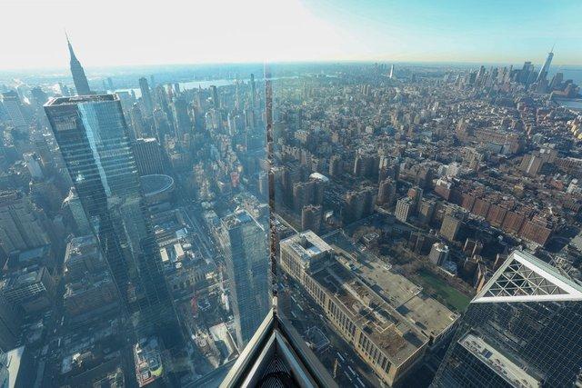 У США відкрили найвищий оглядовий майданчик: приголомшливі фото - фото 391811