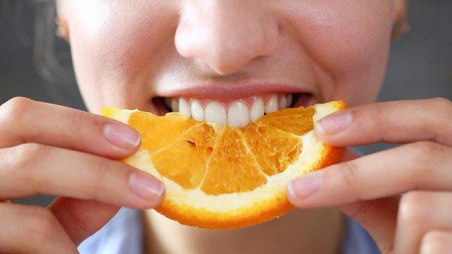 Названі найкращі продукти для здоров'я зубів - фото 391935